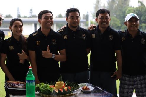 Para pengurus KJTI saat acara seremonial syukuran 1st Anniversary KJTI.